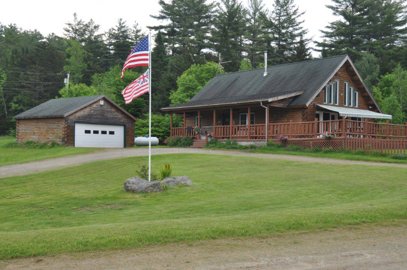 New Listing Beautiful Traditional Vermont Log Cabin In