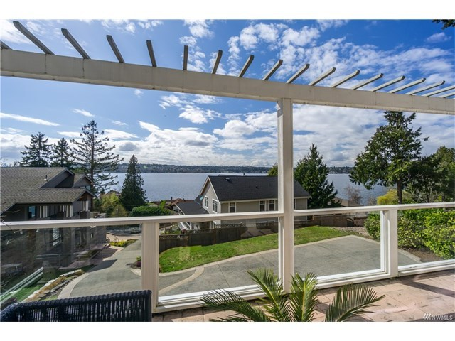 Holmes Point Kirkland Washington Real Estate