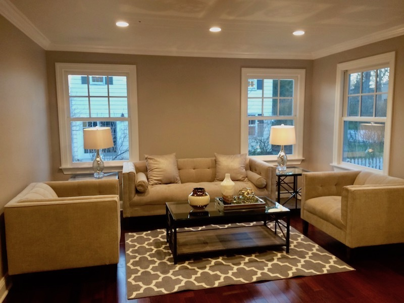small living room staging
