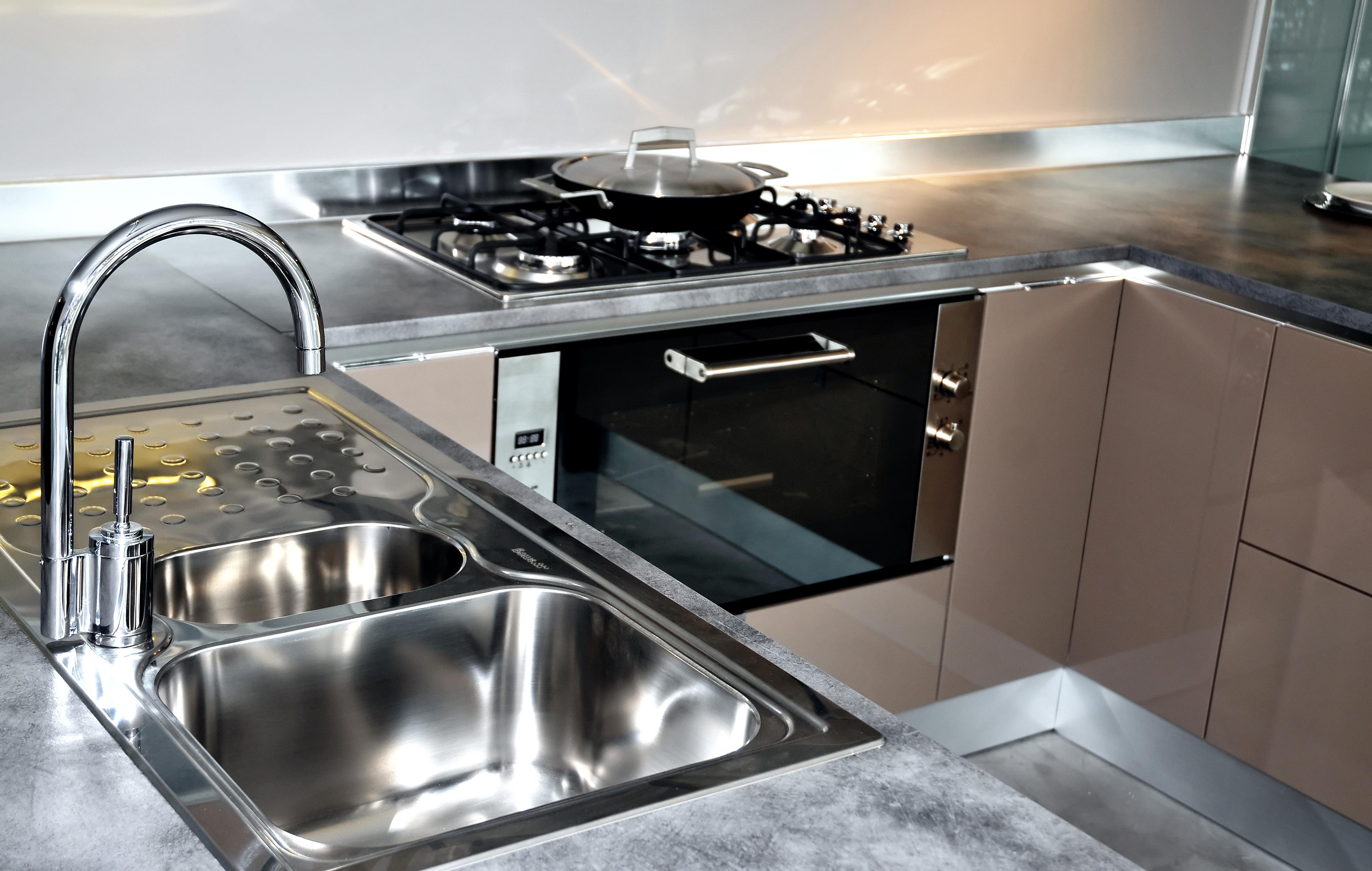7 savvy tips for a fabulous kitchen remodel - Precio encimera granito ...