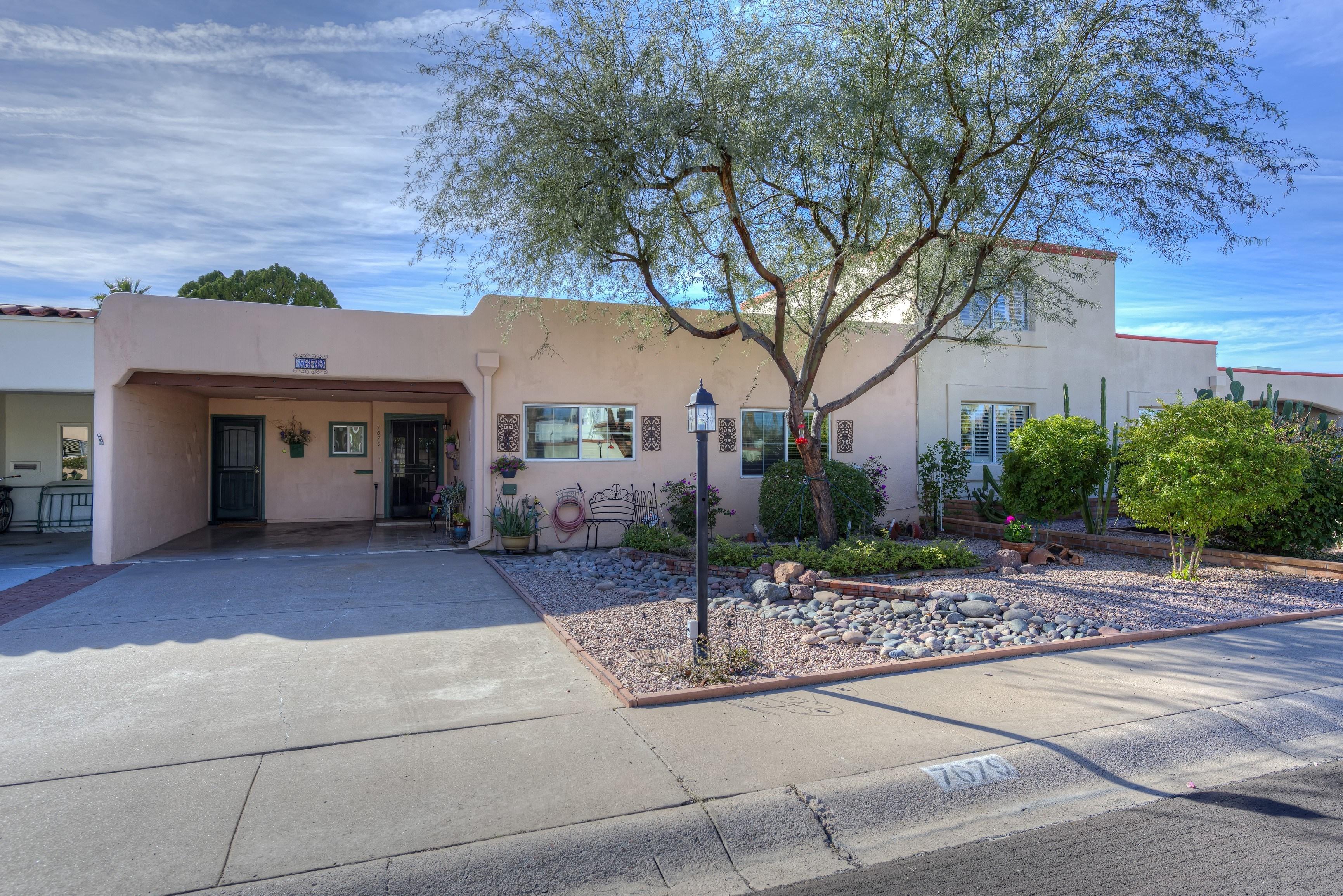 Scottsdale patio home for sale in villa monterey for Scottsdale homes for sale with guest house