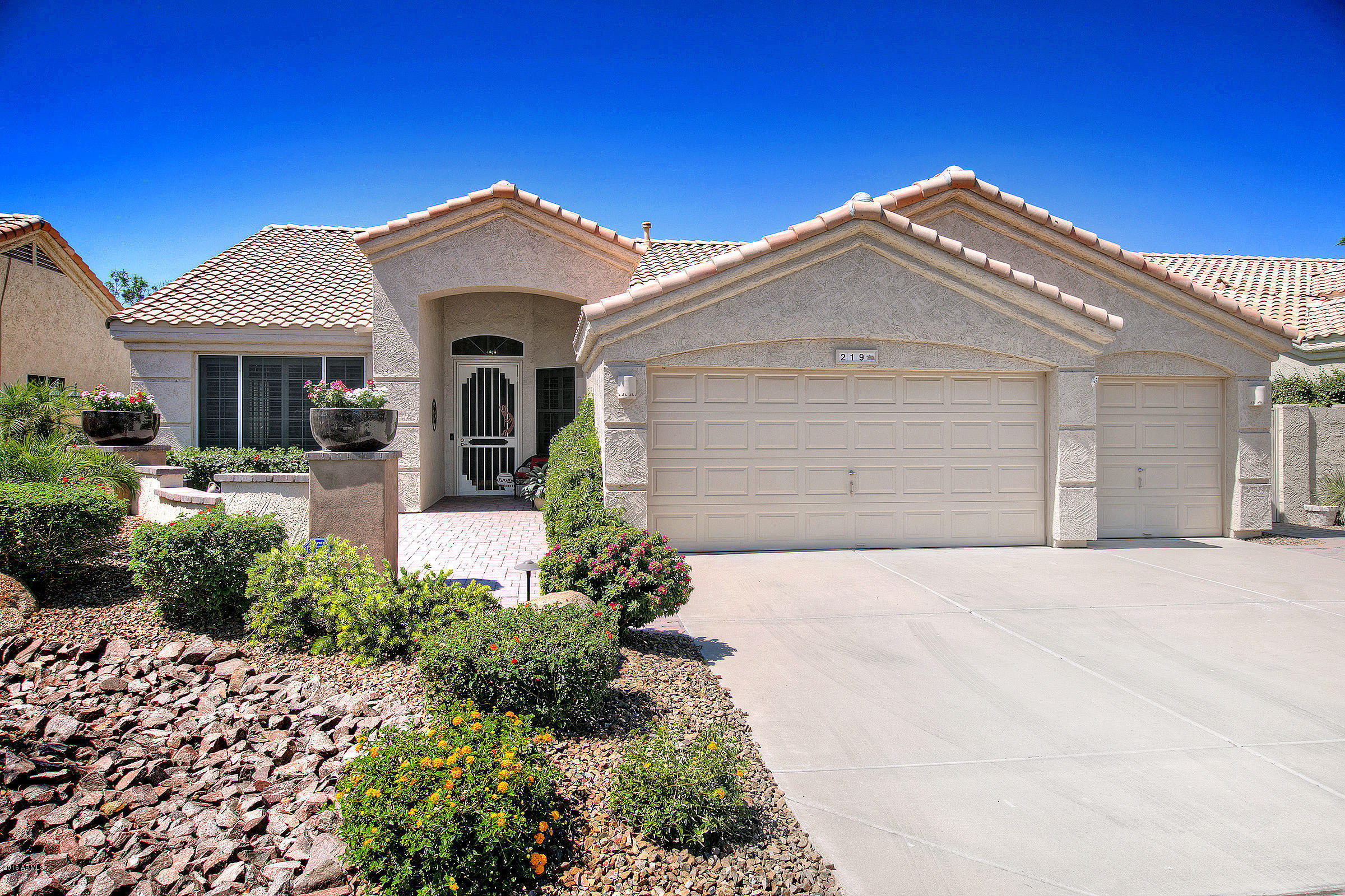 immaculate gilbert home on premium waterfront lot