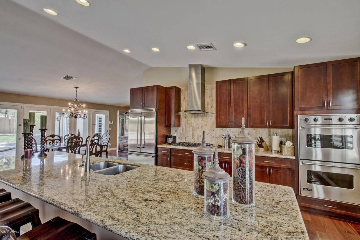 fantastic home in biltmore heights with upgrades galore