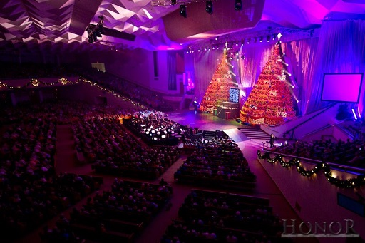- The Singing Christmas Trees...an Orlando Holiday Tradition