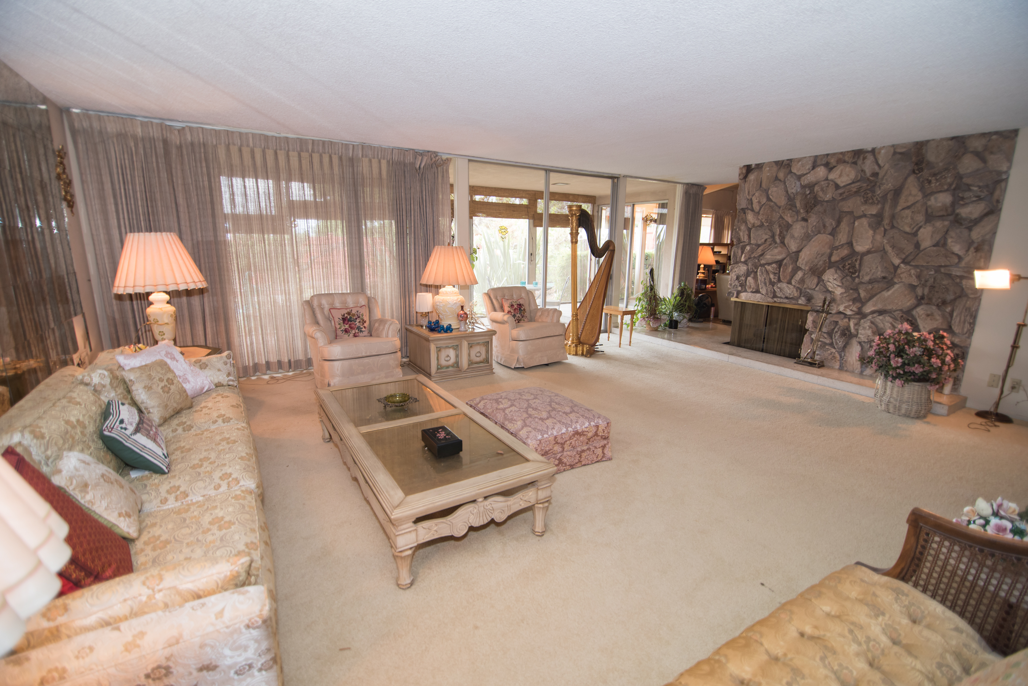 Living Room 5pm sunday open house 2-5pm - 4 + 4 ladera heights