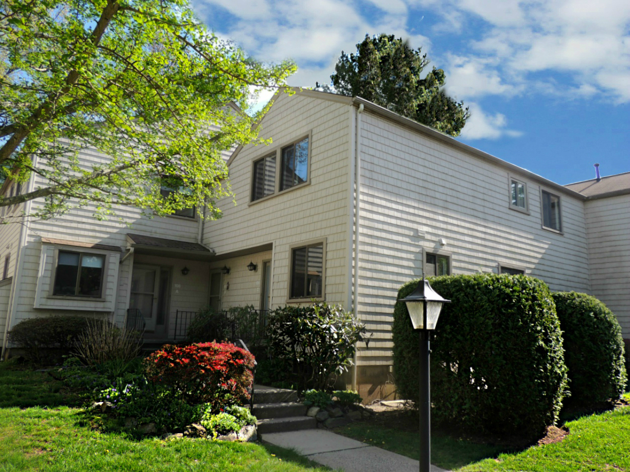 Farm Mill River Stratford CT Townhouse For Sale