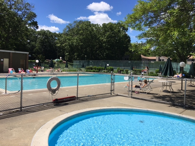 108 Fiddler Green Road Unit C Far Mill River Stratford CT It's Pool Season!