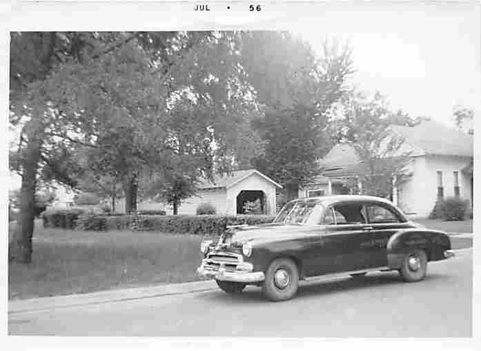 1956 dated Searcy AR house and car