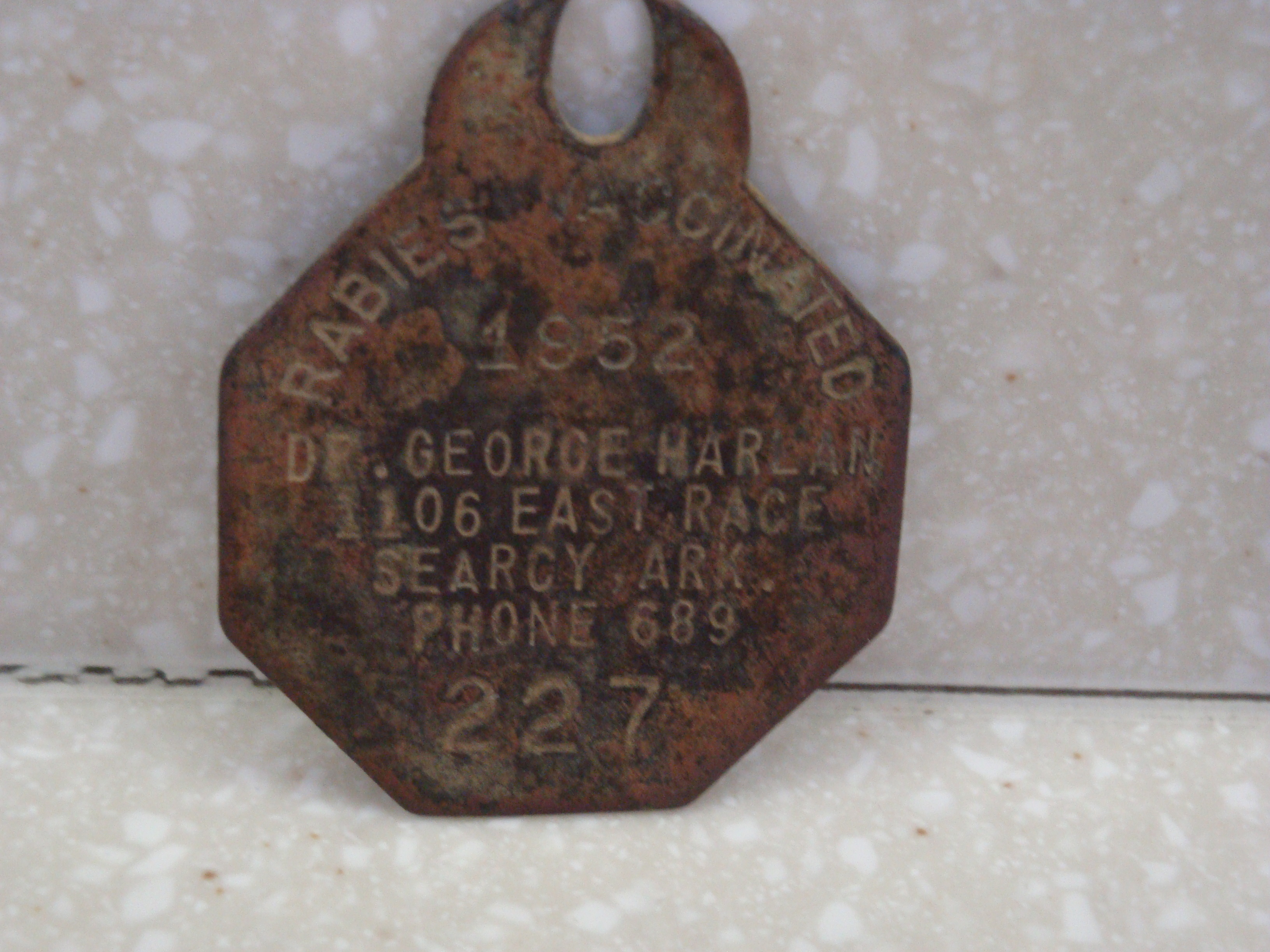 Dr Harlan dog tags searcy ar 1952 old