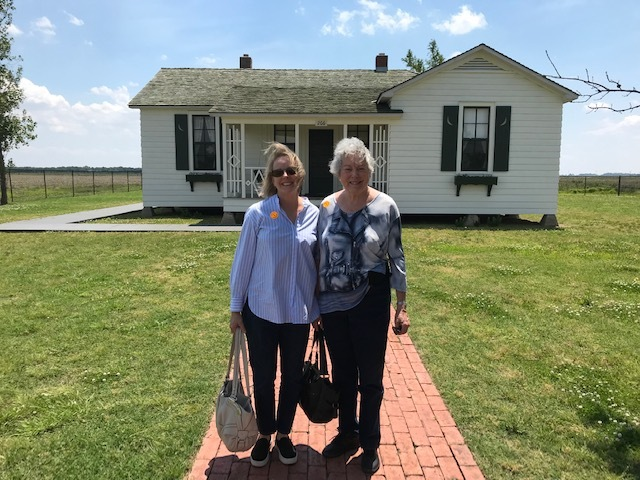 Mother Daughter visit Johnny Cash Dyess AR