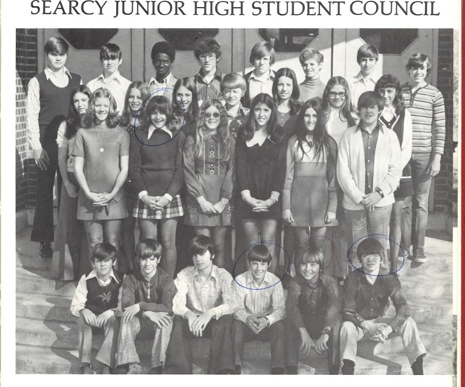 Searcy Jr High 1973 mini skirts requirement