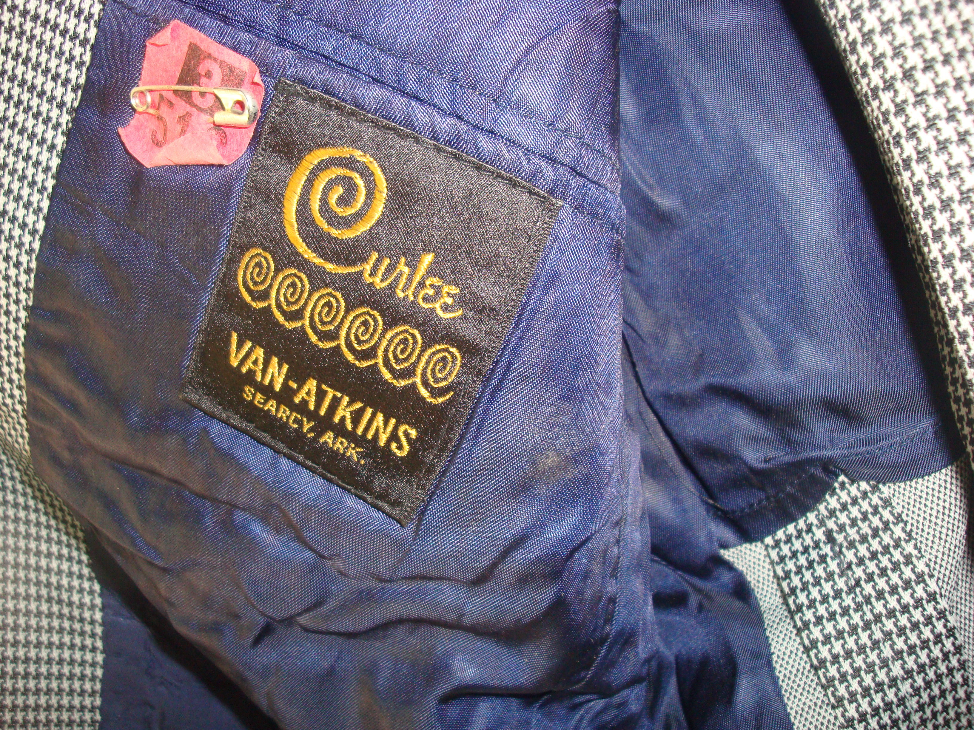 Curlee double knit suit 70's Searcy AR Van-Atkins