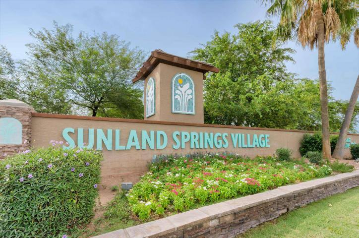 Sunland springs village mesa adult golf community homes for Indoor pool mesa az