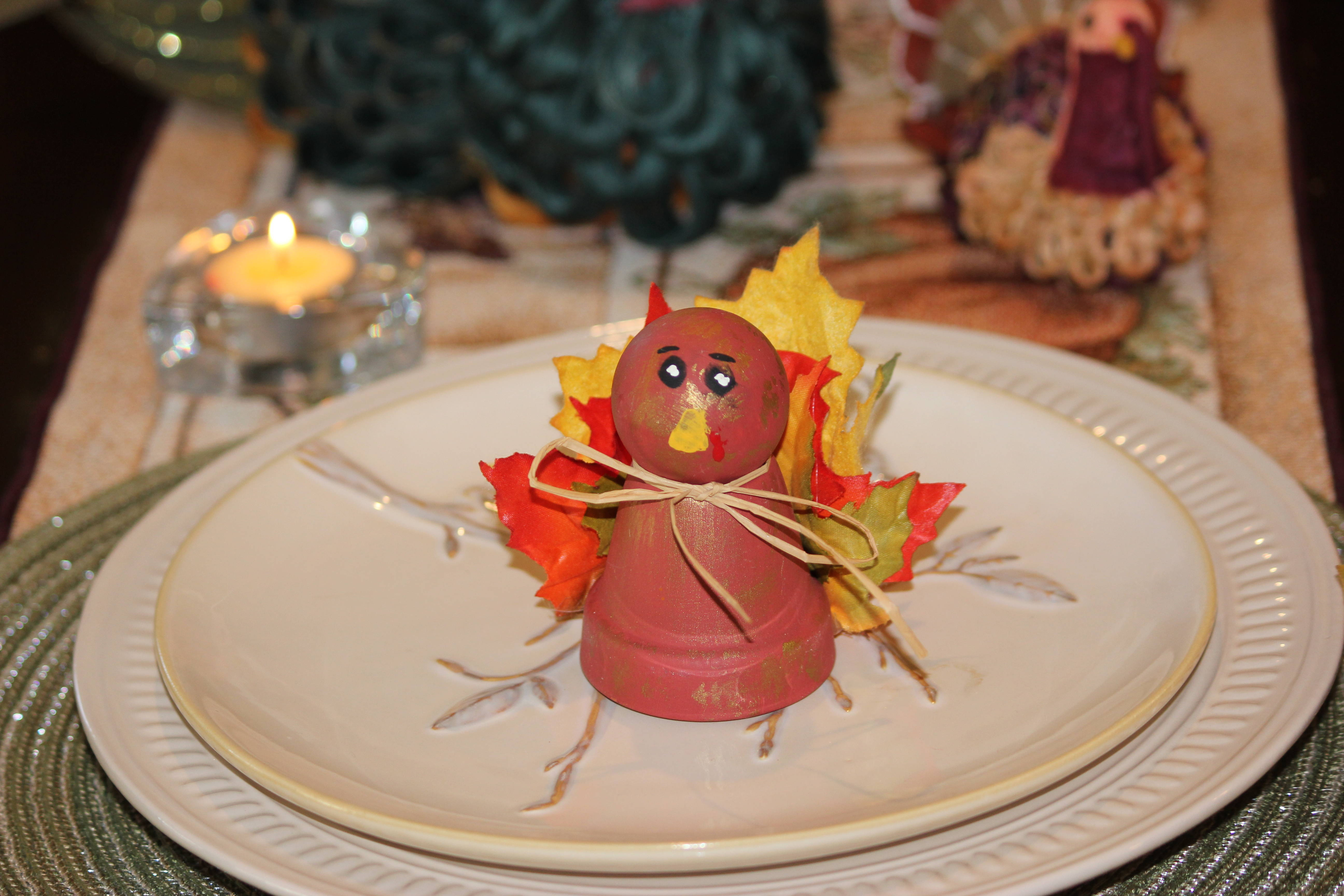 Make turkey table decorations with your kids