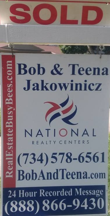 Novi Michigan Real Estate Agent Sign