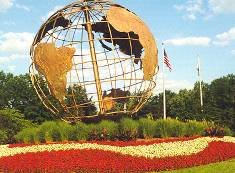 Leisure_World Globe.jpg