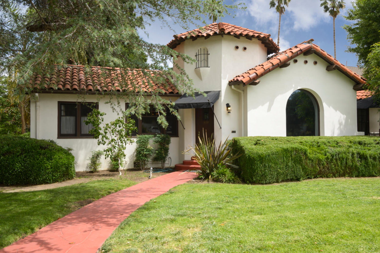 Swell Single Story 4 Bedroom 2 Bath Home For Sale Corona Ca Download Free Architecture Designs Scobabritishbridgeorg
