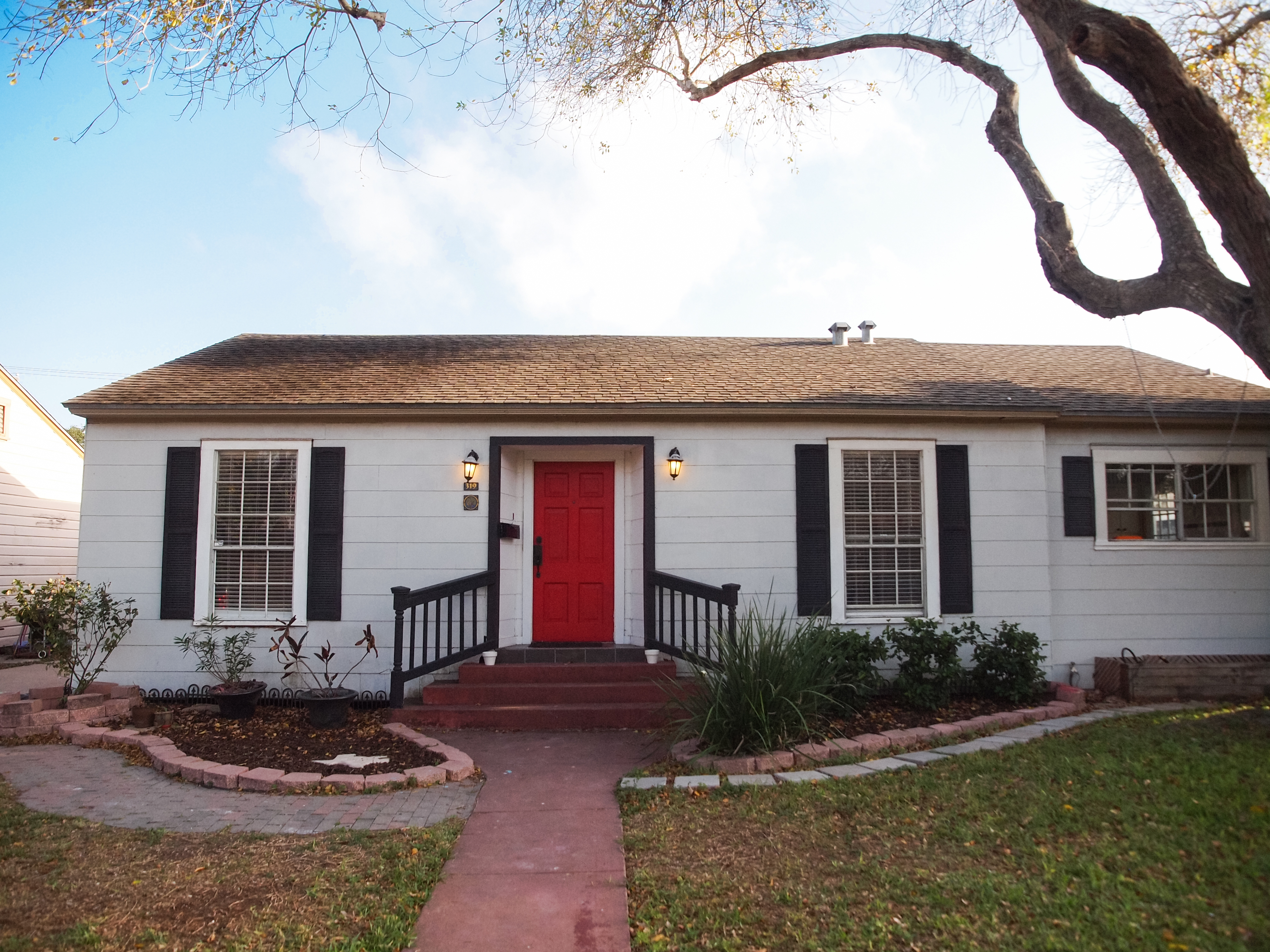 Just Listed 32 with Guest House Corpus Christi TX