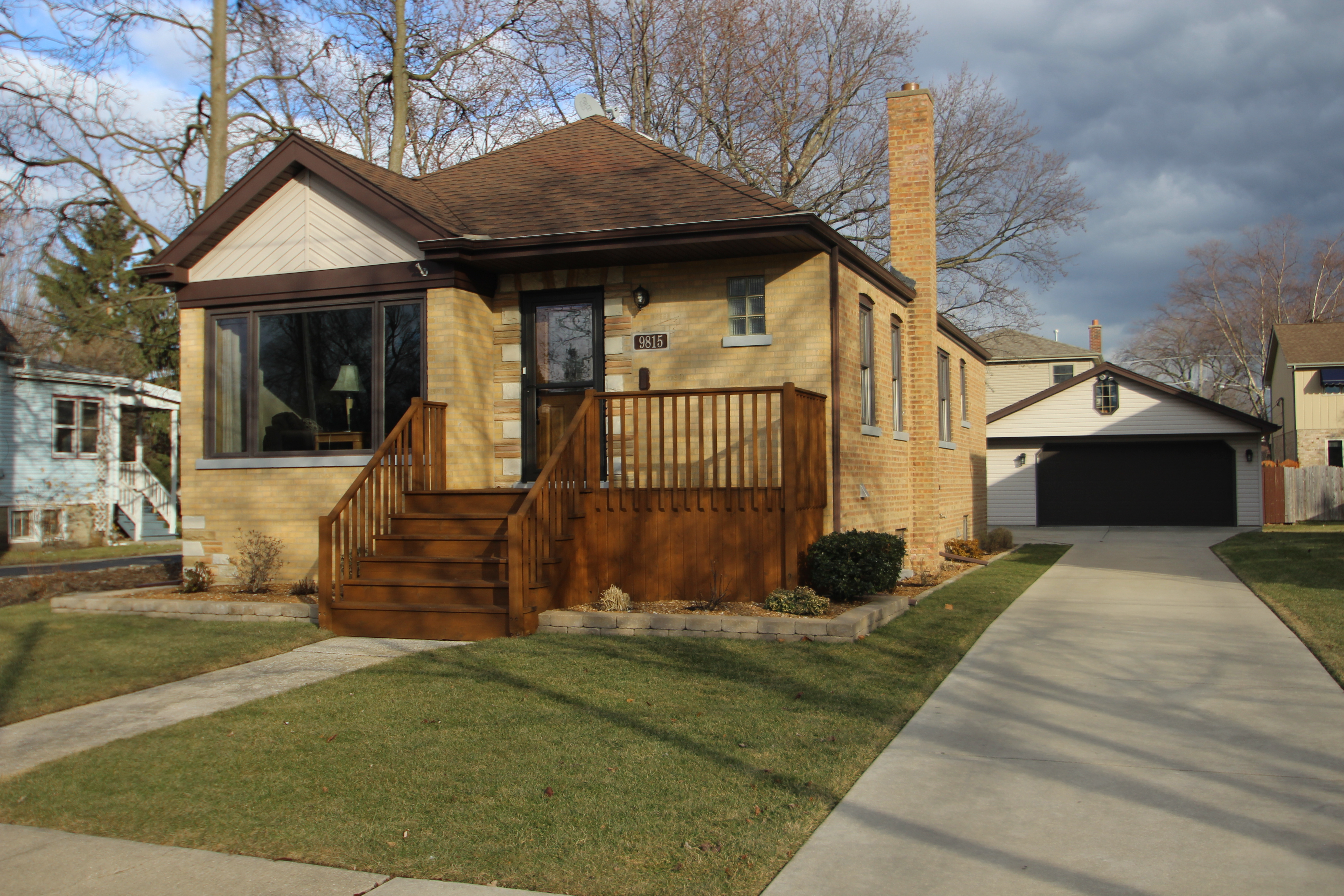 Brick Bungalow in evergreen Park Il