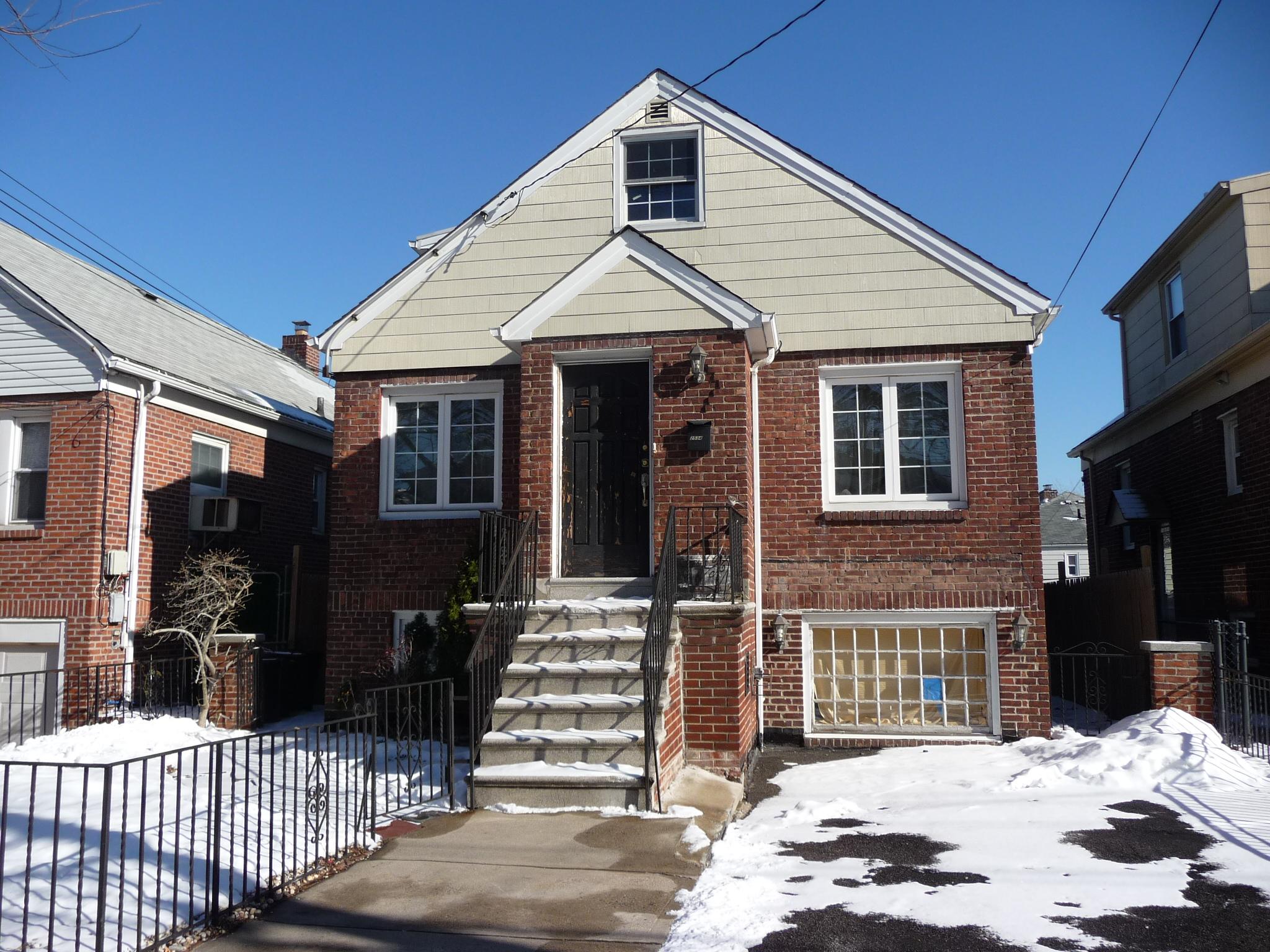 house for sale handyman special home pelham gardens neighborhood