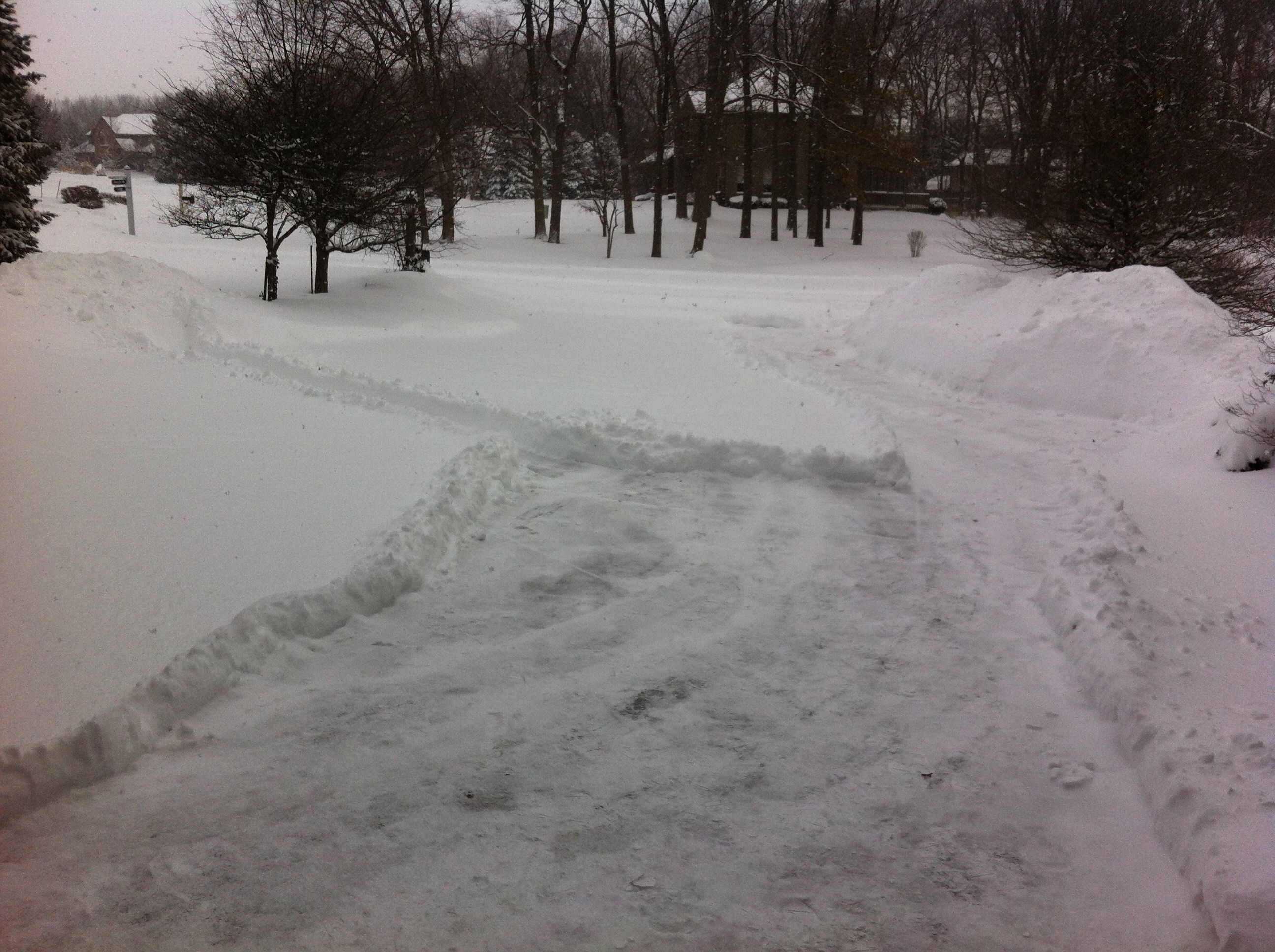 Capilano By The Lake West Lafayette 3 car garage driveway shovel snow