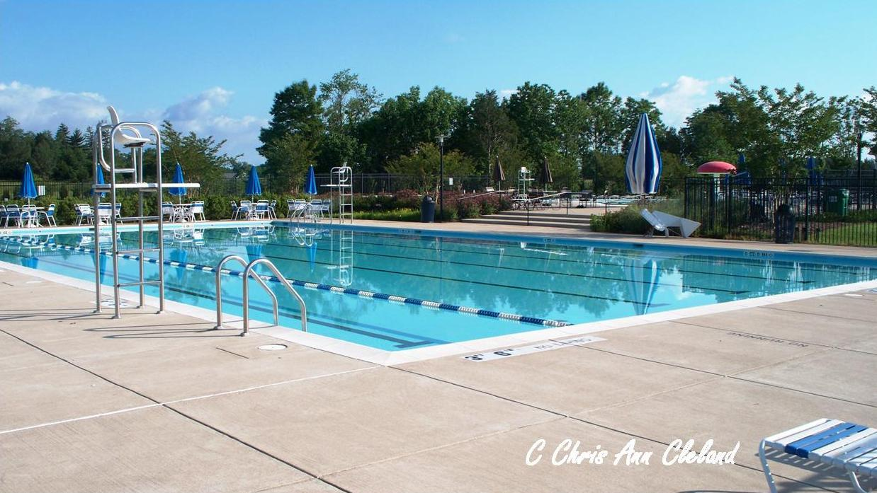 Victory Lakes Community Pool