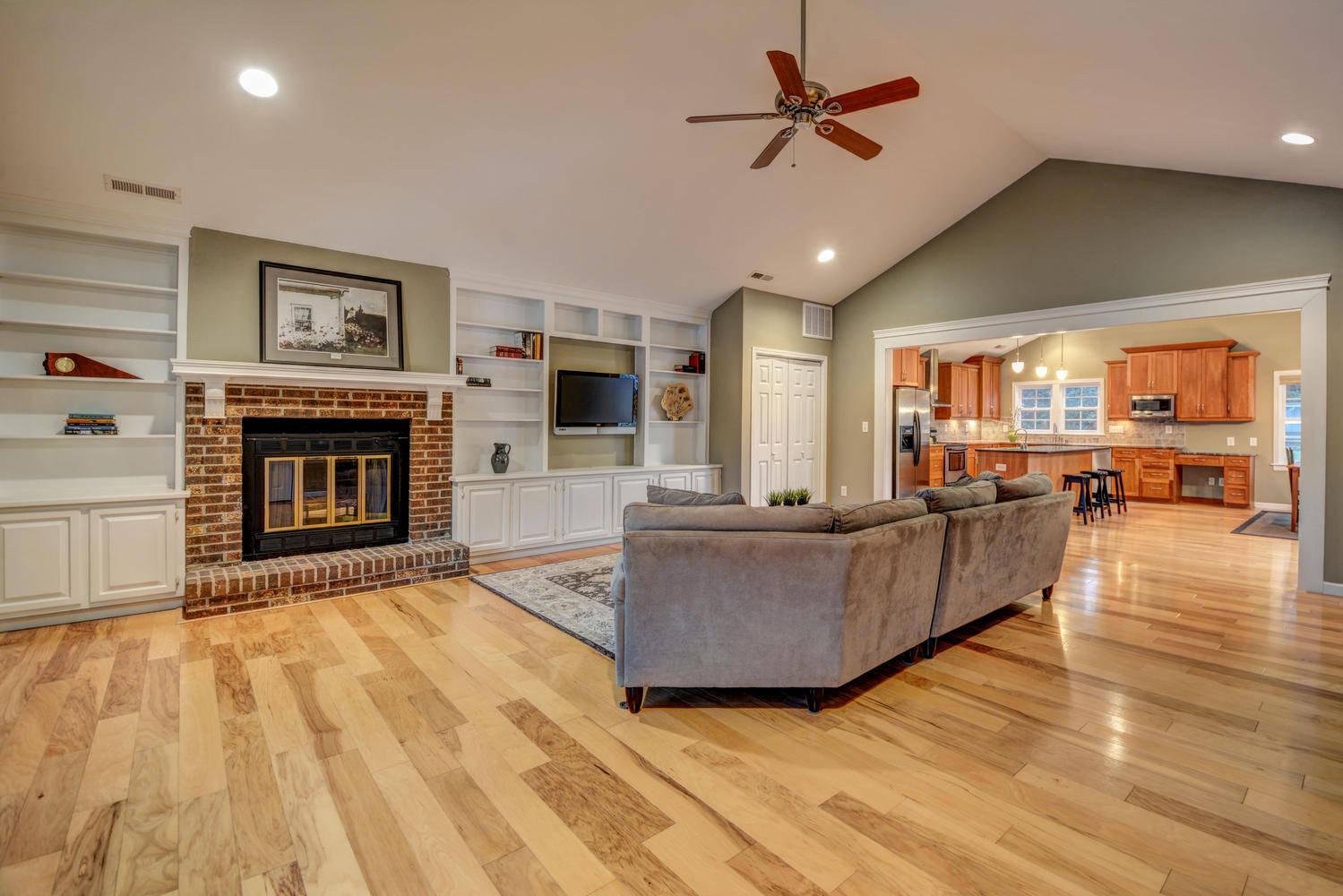 Kitchen Floor Plans With Center Island