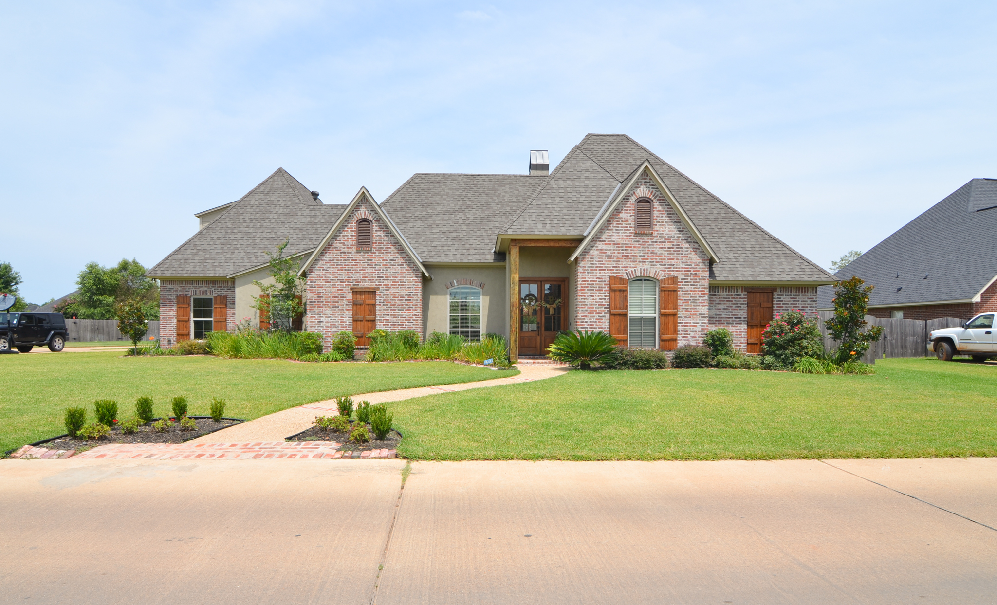 Another home sold in shreveport la by the chris hayes team for Home builders in shreveport la