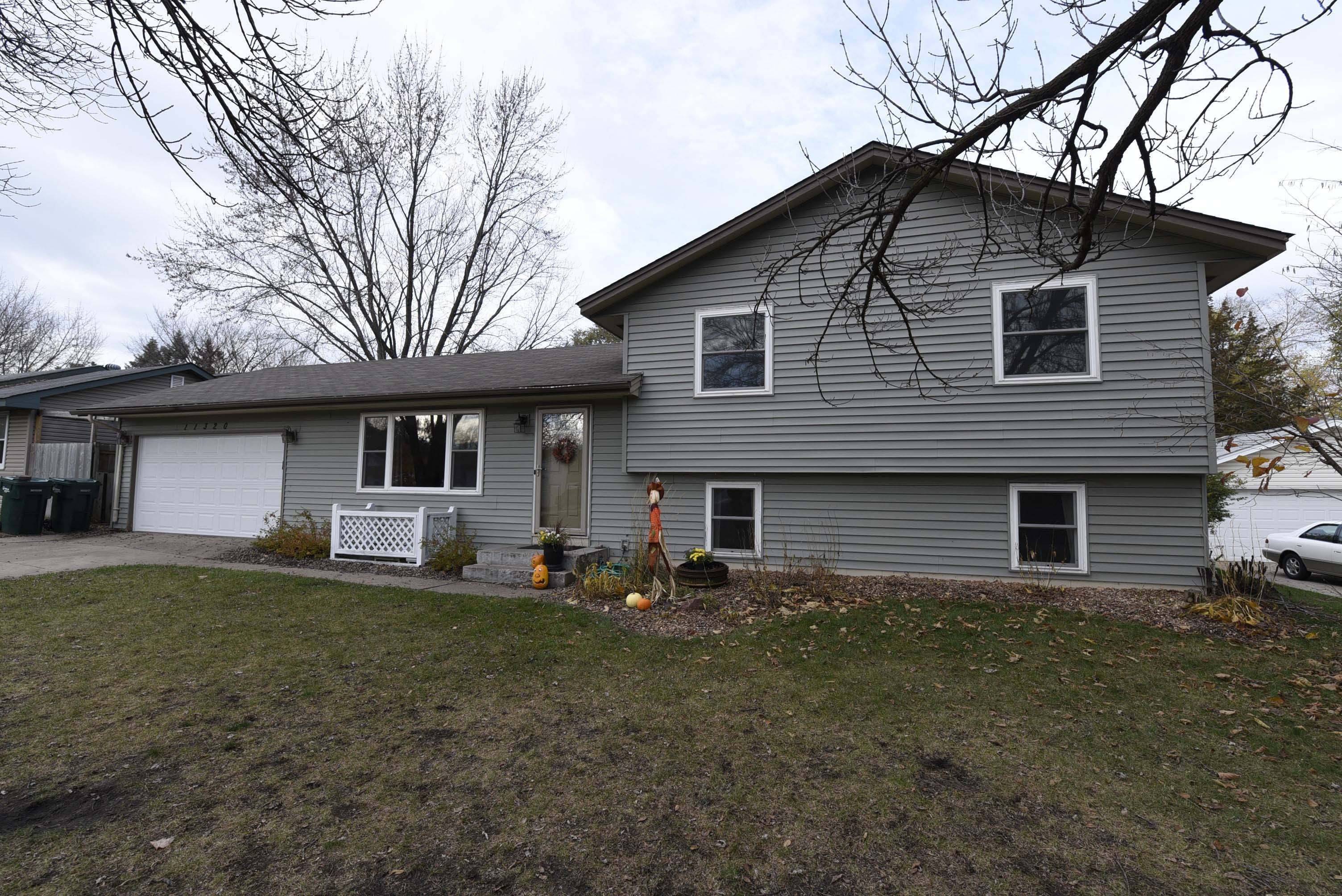 re max results just listed 4 br real estate in blaine