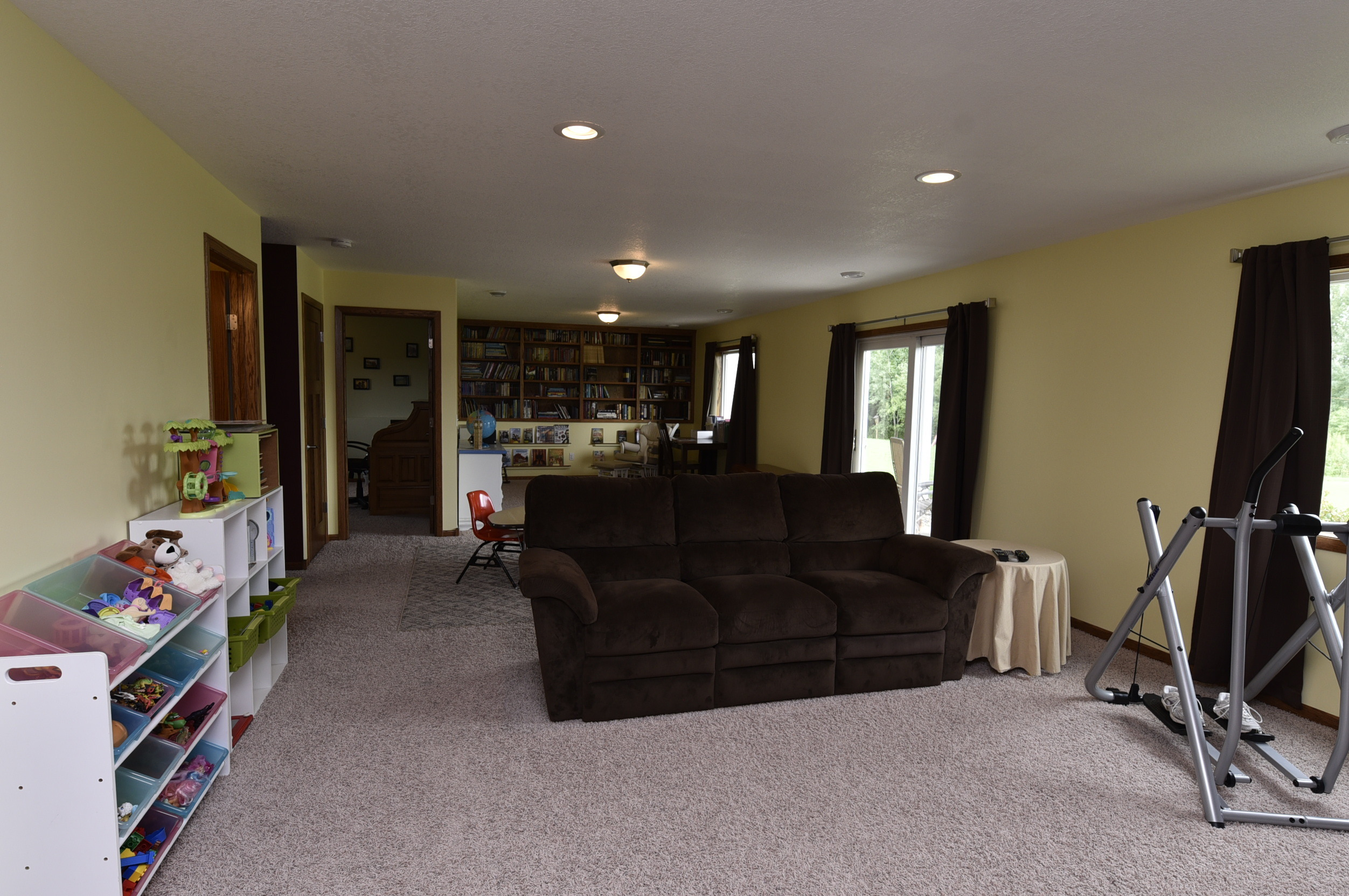 Re max results price reduced quality built isanti home for 12x14 room layout