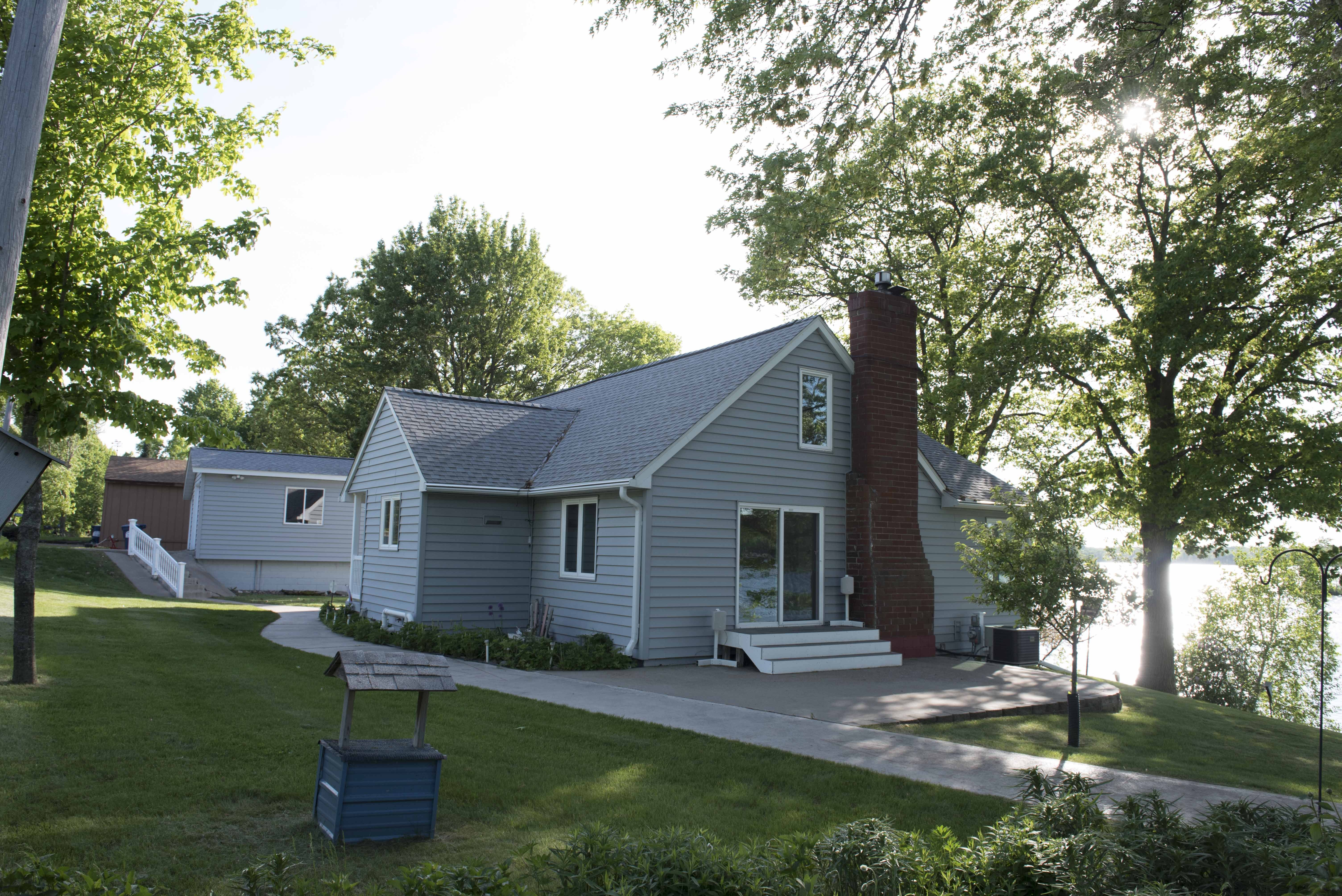 re max results lakeshore property for sale in mora mn
