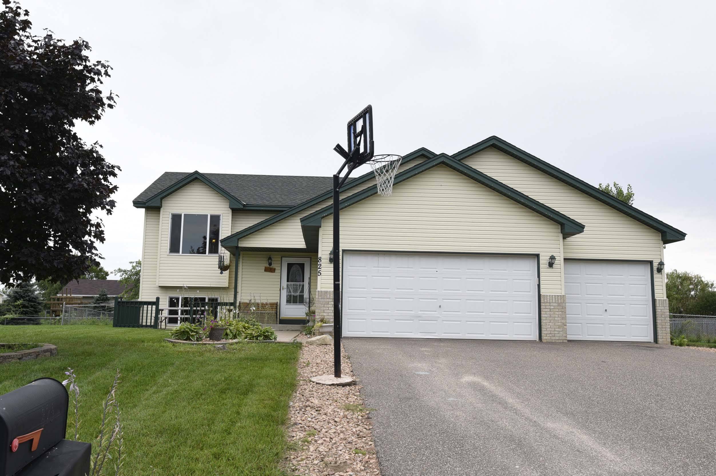 re max results just listed home in cambridge mn real