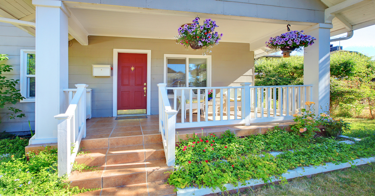 Ideas to Make Your Front Porch Attract More Buyers