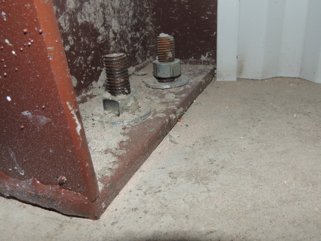 Loose anchor bolts.