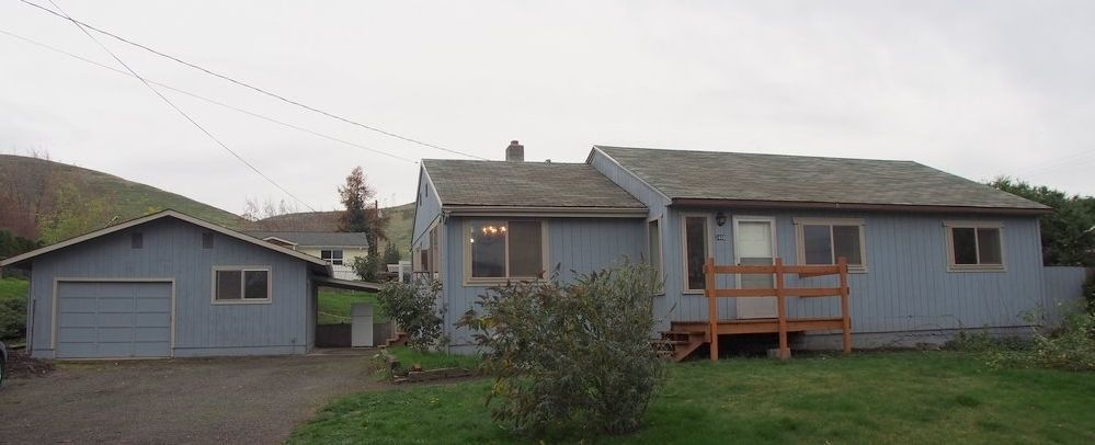 2408 E 14th St The Dalles OR 97058