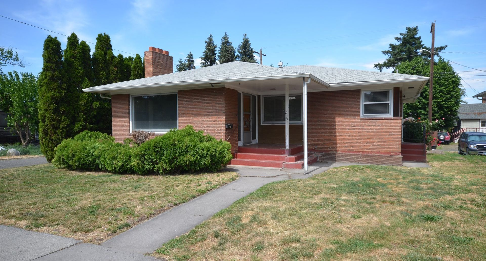 619 W 9th St The Dalles OR 97058