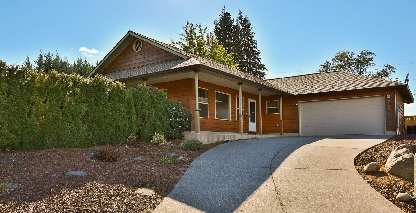752 Park Place Hood River OR 97031