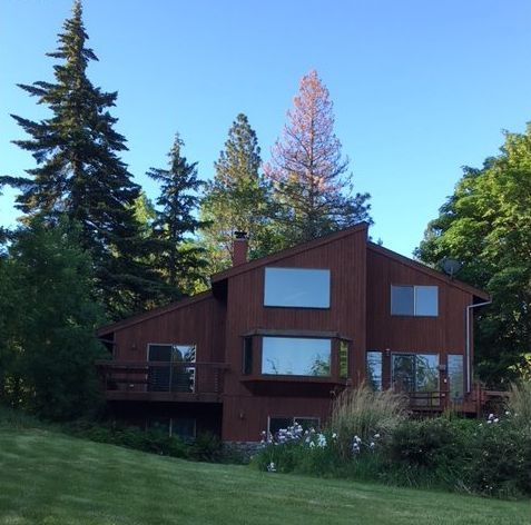 4390 Wooded Acres Dr Hood River OR 97031