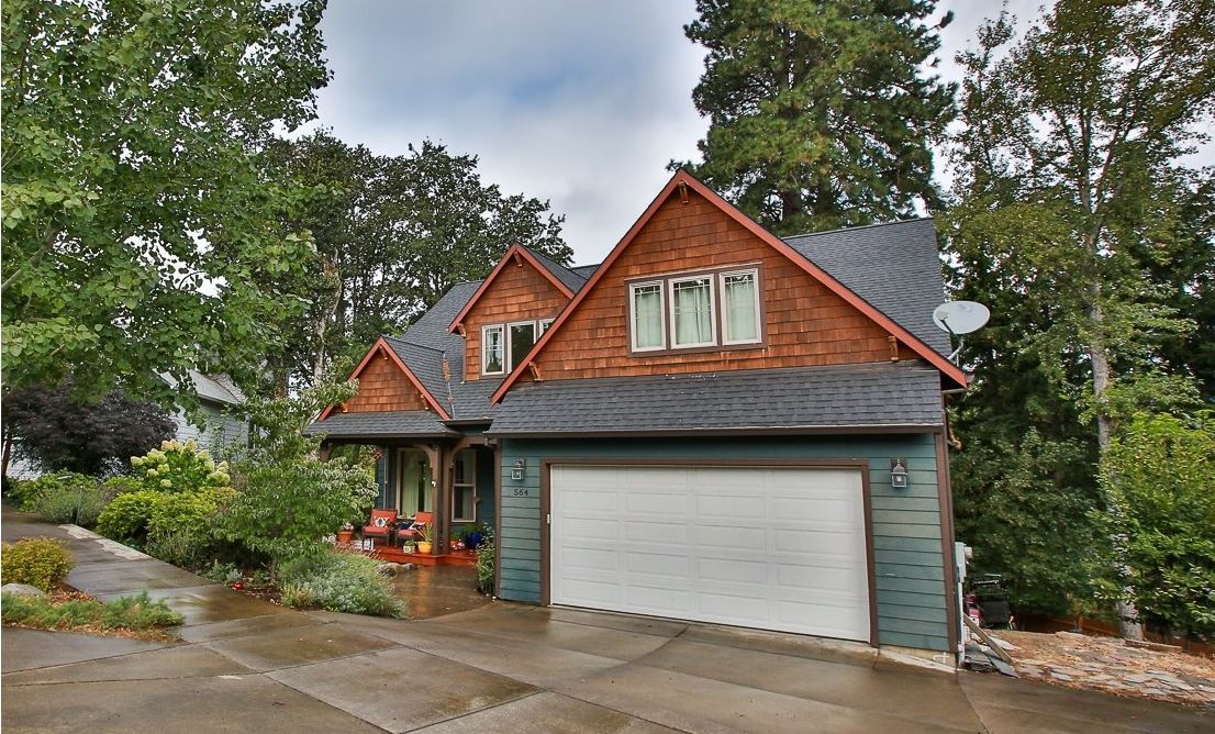 564 Forestview Dr Hood River OR 97031