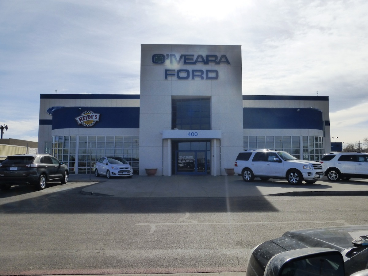 Omerea Ford Center I-25 104th Ave