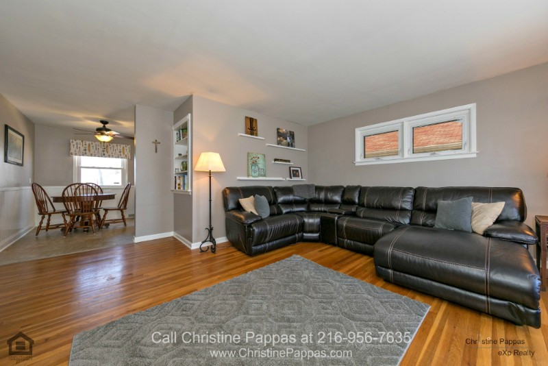 Homes for Sale in Wickliffe OH - Relax and entertain in the bright and airy living room of this Wickliffe home for sale.