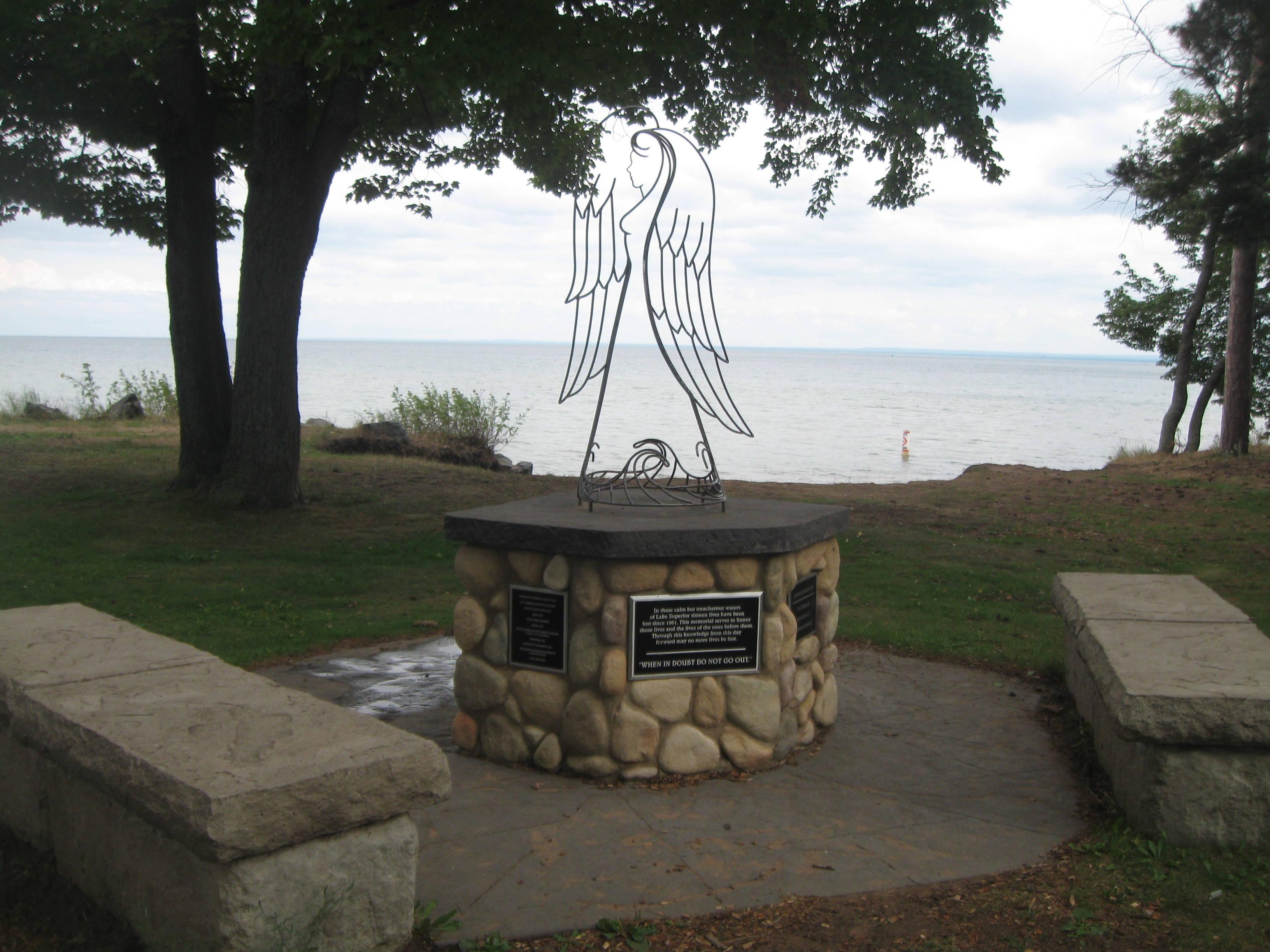Lake superior memorial, marquette mi