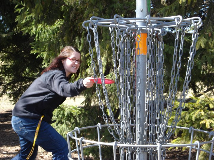 Sara disc golfing in Point