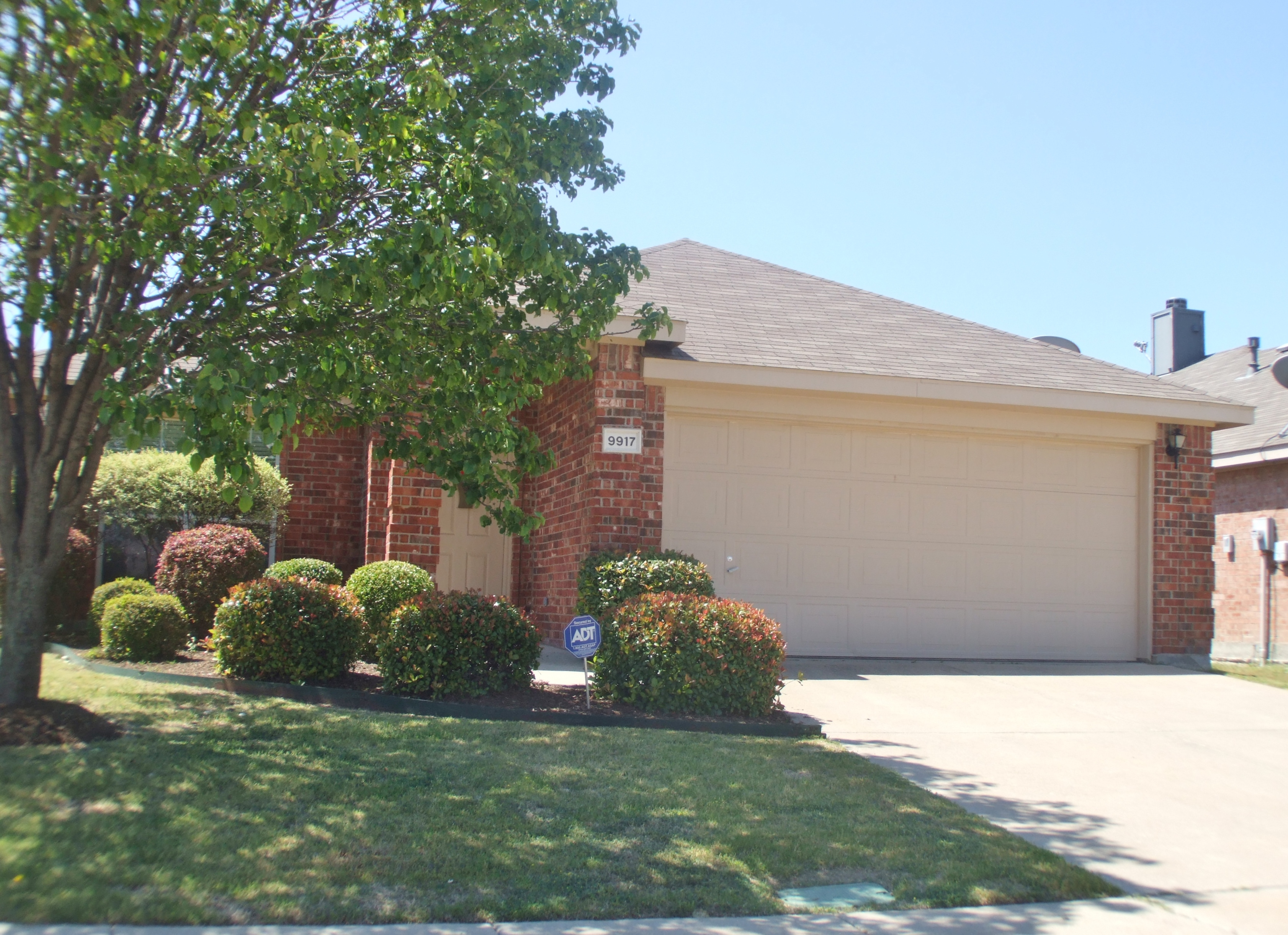 Homes for sale in Estates of Forest Creek Plano TX