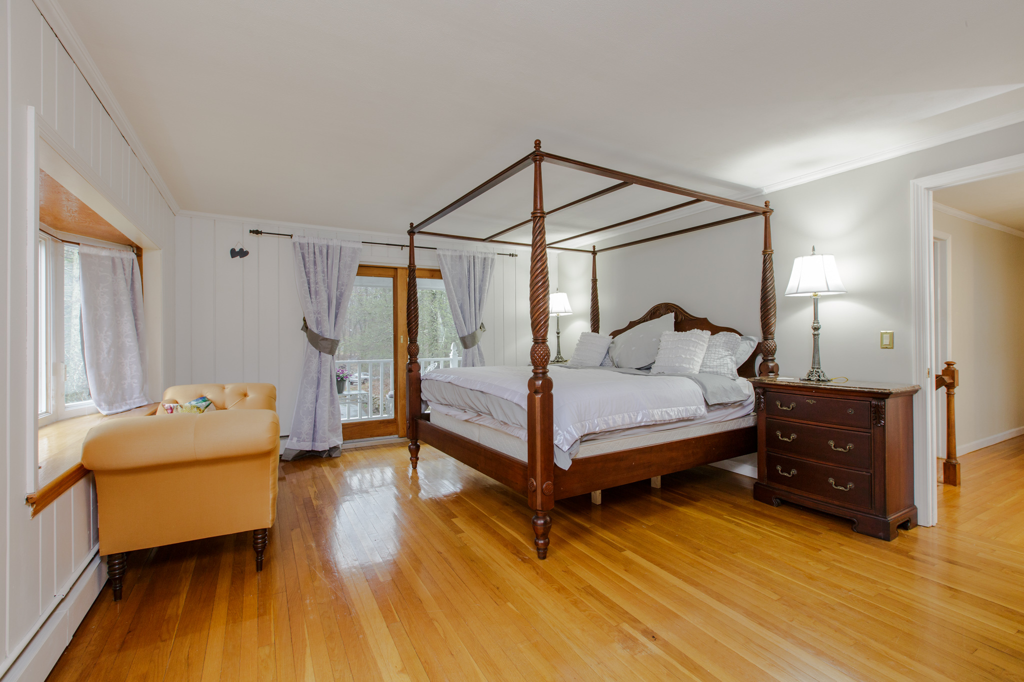 36 moriarity master bed