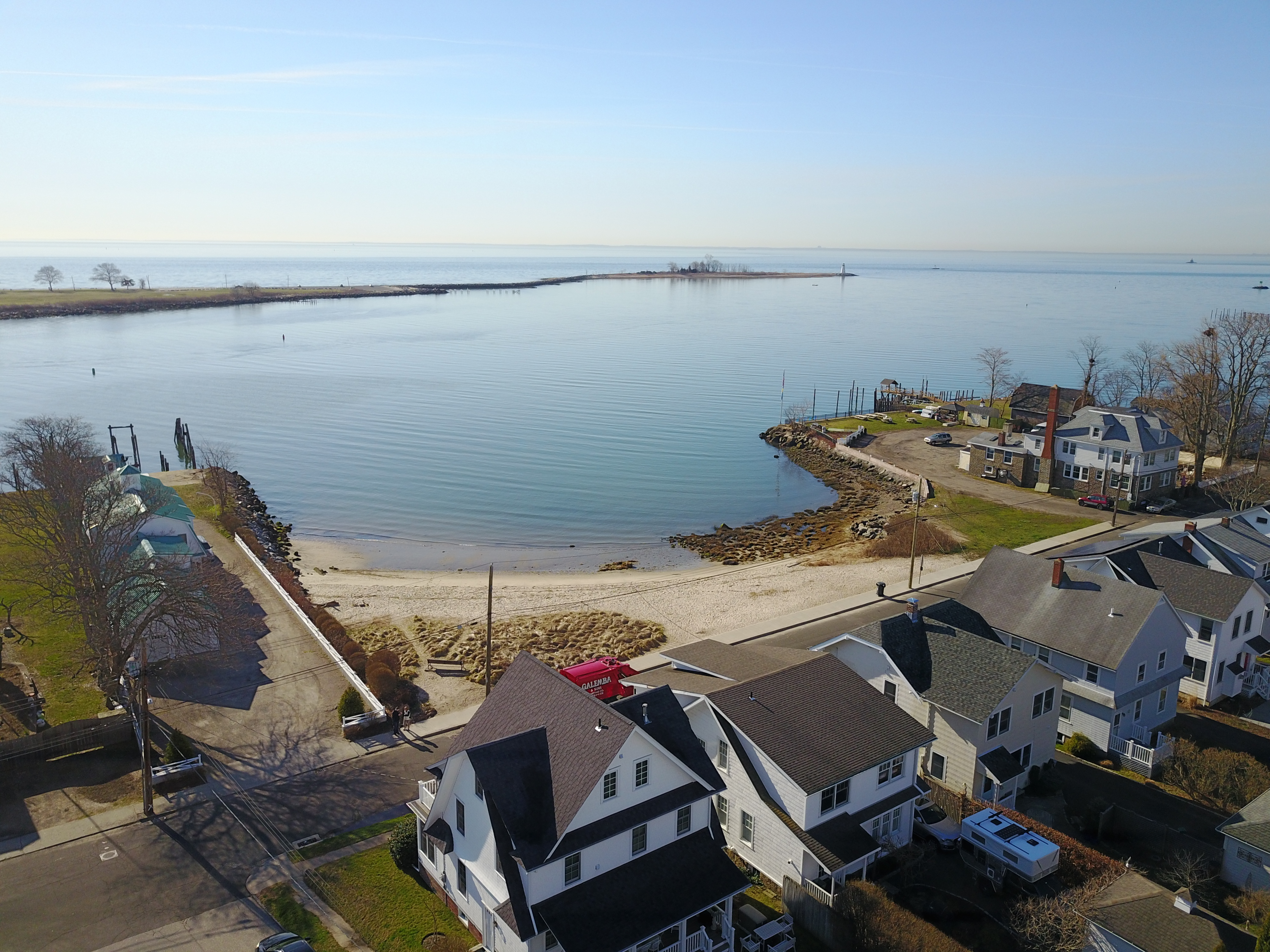 95 Seabright Ave Bridgeport Ct 06605 views 3 bed frontage beach