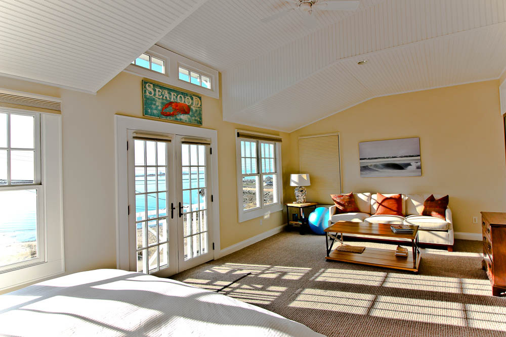 95 seabright master bed seaview