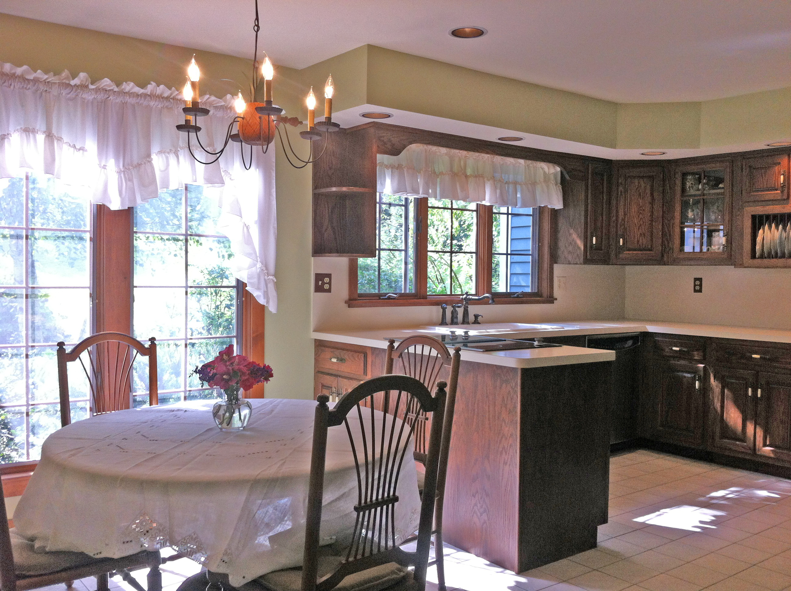 Open house this sunday november 10th in redding ct 06896 for Dining room off kitchen