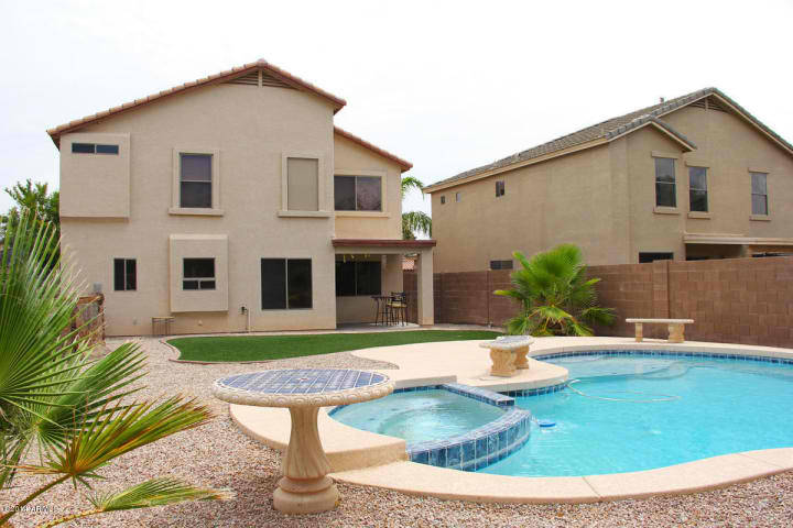 home for sale w heated pool spa in a golf course in