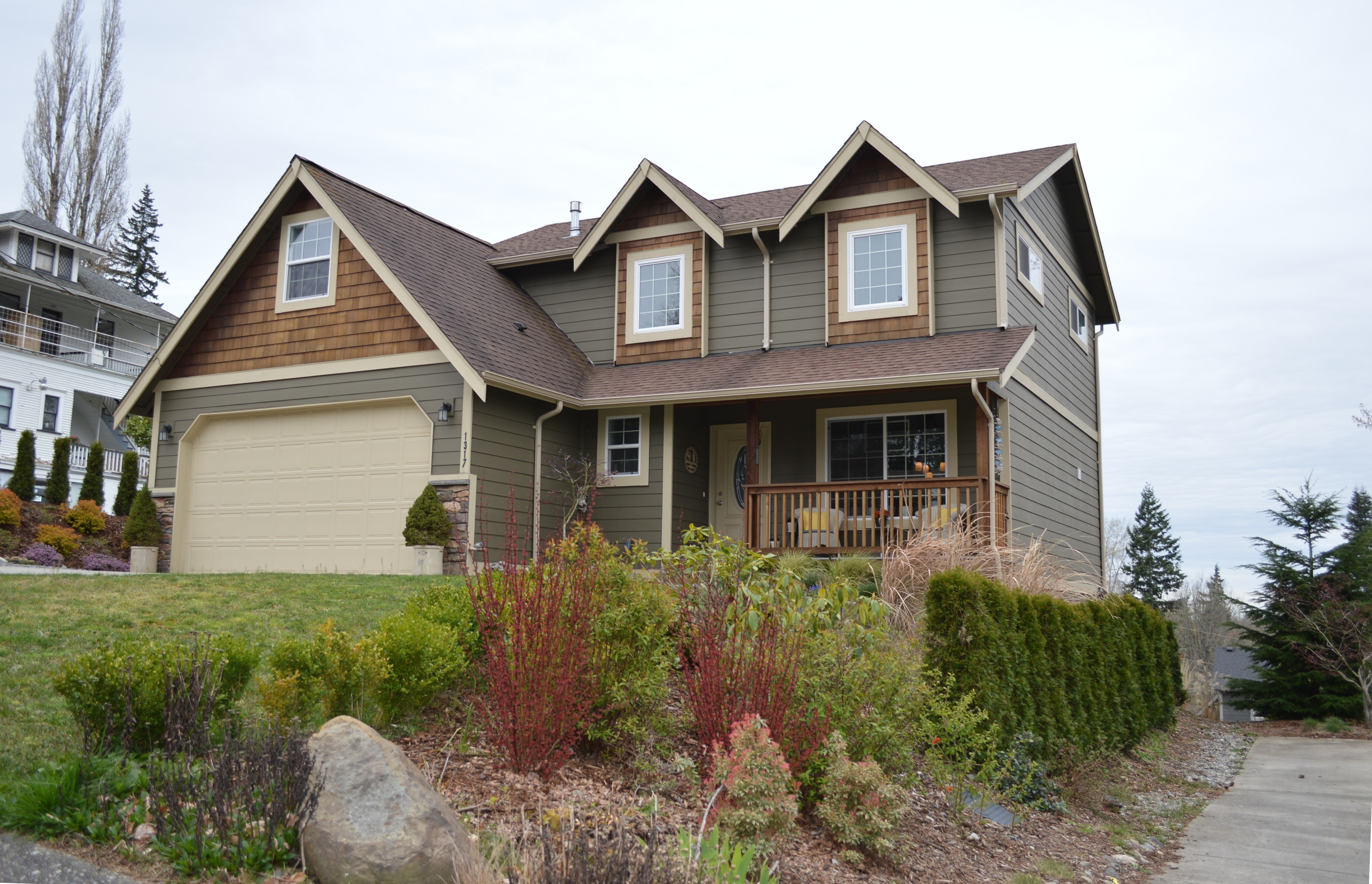 bellingham wa 4 bedroom home with mother in law suite